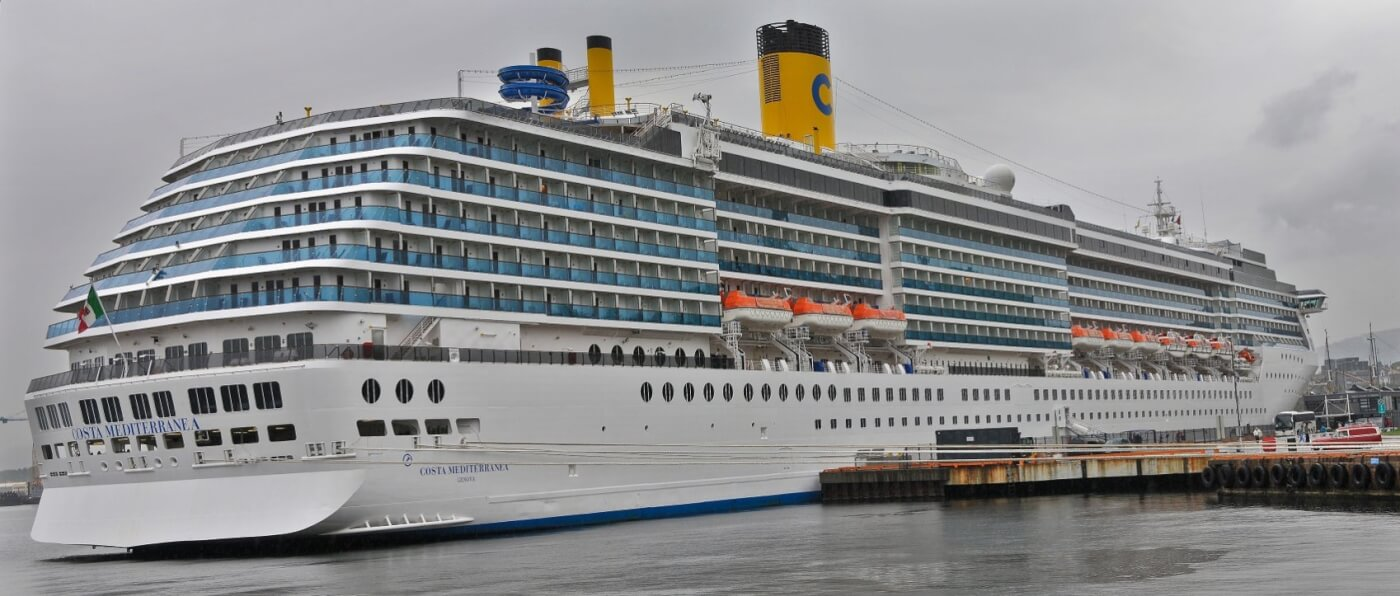 Costa Mediterranea na gatu dočekuje putnike