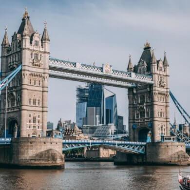 Pariz i London